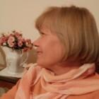 """""""Come ninfee"""", poesie di Mariella Caruso: i flashback di un'autrice che racconta se stessa"""
