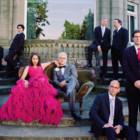 """È uscito """"Get Happy"""", nuovo album dei Pink Martini con l'atteso ritorno di China Forbes"""
