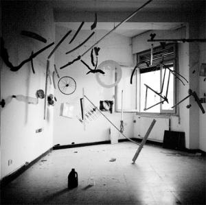 """Menotrentuno: """"Giovane Violenza"""", 400 immagini in mostra a Sassari, sino al 26 febbraio 2012"""