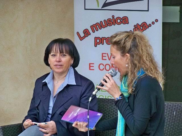 """""""Amore Latitante"""", libro di Fiorella Carcereri – recensione di Francesca Lettieri"""