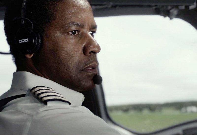 """""""Flight"""": il volo incerto di Denzel Washington – recensione di Barbara Filippone"""