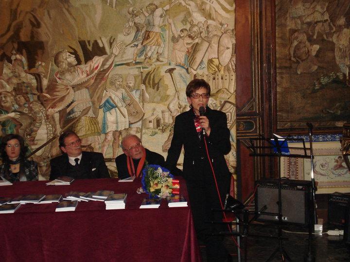 """Intervista di Alessia Mocci a Francesca Luzzio ed alla sua raccolta """"Liceali – L'insegnante va a scuola"""""""