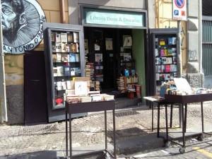 Livraria Dante & Decartes - Nápoles