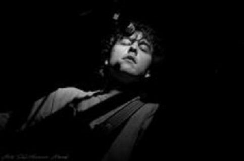 """""""La pulce nell'Orecchio"""", album d'esordio del cantautore roerino Marco Giorio, in arte Mano"""