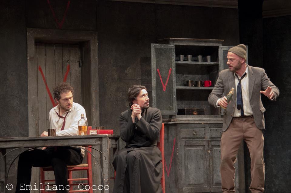 """Resoconto dello spettacolo teatrale """"Occidente Solitario""""  al Teatro Massimo, Cagliari"""