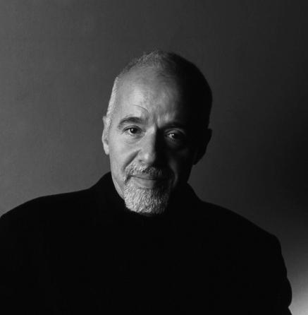 """""""Adulterio"""", ultimo romanzo di Paulo Coelho: un viaggio interiore alla ricerca di sé stessi"""