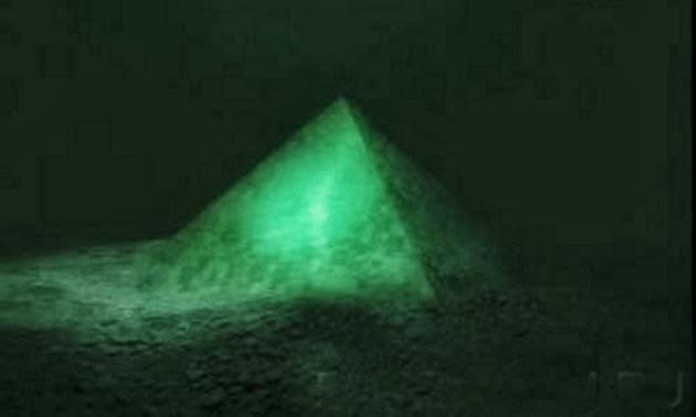 Scoperta una gigantesca piramide nel mare delle Azzorre: potrebbe essere la città perduta Atlantide