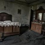 """""""Orfani del tempo"""", reportage fotografico dell'artista inglese Rebecca Litchfield: il viaggio in Europa"""