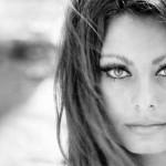 """Sophia Loren: l'icona della femminilità all'italiana si svela nell'autobiografia """"Ieri, oggi, domani"""""""