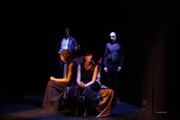 """""""Speaking in Tongues"""", il capolavoro di Andrew Bovell, sino al 14 marzo al Teatro Libero di Milano"""