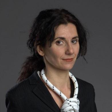 """""""Omicidi in pausa pranzo"""" di Viola Veloce: c'è un serial killer in azienda"""